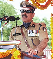 The DG, CRPF, Shri K. Vijay Kumar addressing the recruits after reviewing the Passing Out- cum -Attestation Parade of 664 recruits, at RTC – AVADI, CRPF, in Chennai on August 31, 2012 (cropped).jpg