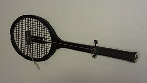 Hunters & Collectors - The electric tennis racquet used by The Schnorts.