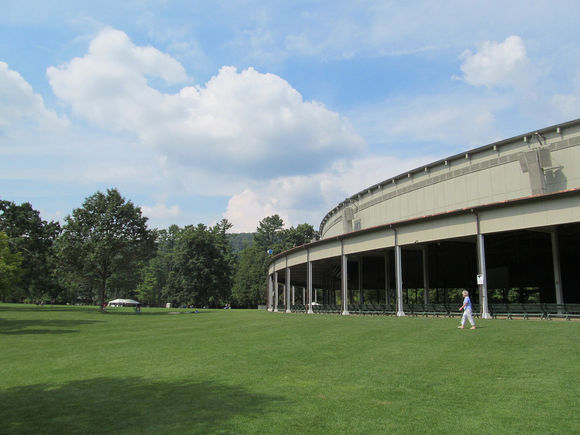 Tanglewood music center wikipedia for The tanglewood