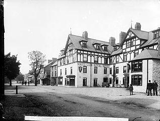 The White Lion Royal Hotel, Y Bala