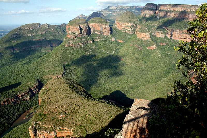 File:Three Rondavels, Blyde River Canyon Nature Reserve, Mpumalanga, South Africa.jpg