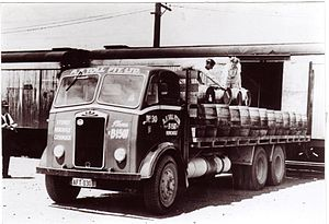 Toll Group - An A F Toll marked Albion vehicle, when the business operated out of Sydney, Newcastle and Cessnock.