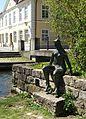 Toni Stadler Skulptur Quellnymphe Ulm (1982) 02.jpg