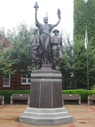 Toronto, Ohio - Toronto's World War I memorial