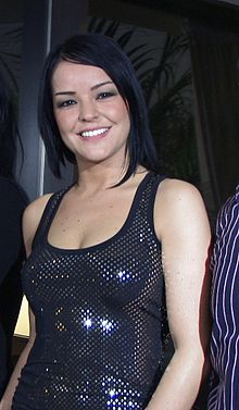 Turkish singer Bengü, 2008.jpg