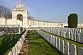 Tyne Cot Cemetery 0-15.JPG