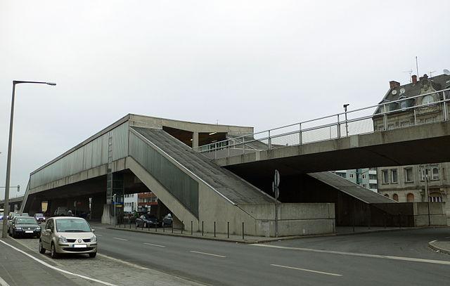 U-Bahnhof Muggenhof O 1.jpg