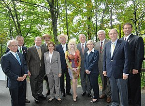 Lamar Alexander - Lamar Alexander with U.S. Senator Bob Corker, Congressman John Duncan, and Dolly Parton at the Great Smoky Mountains National Park in 2009