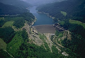 McKenzie River (Oregon) - Cougar Dam and reservoir on the South Fork McKenzie River
