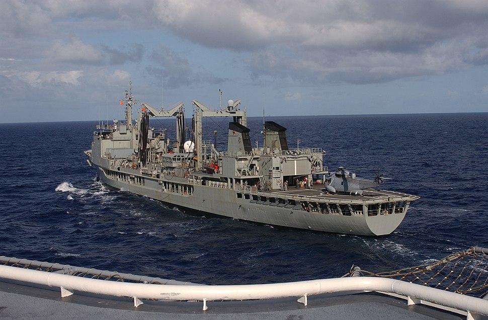 US Navy 040711-N-5055W-015 The amphibious assault ship USS Tarawa (LHA 1) pulls alongside the Australian auxiliary oiler replenishment ship HMAS Success (AOR 304)