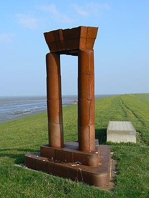 René de Boer - Poort Kaap Noord (2002).  Uithuizermeeden, Netherlands.