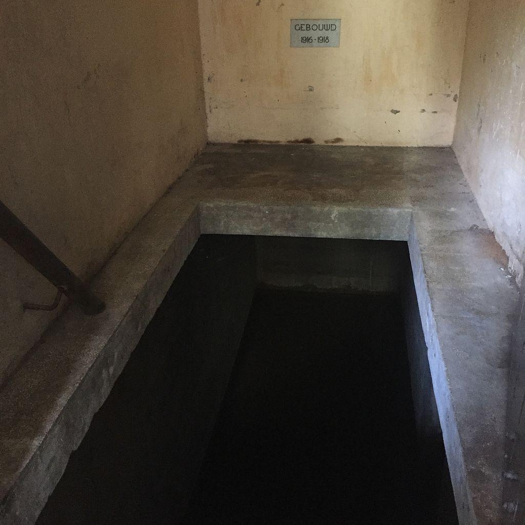 File:Underground Access of Lawang Sewu, Semarang, Central ...