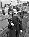 Uniformen voor verkeersassistenten bij de Amsterdamse politie, Bestanddeelnr 911-9821.jpg