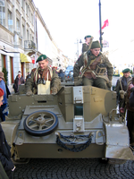 Universal carrier of the Polish Armed Forces in the West (renacting).PNG