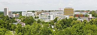 Universitätsklinikum Essen vom Grugaturm 2015.jpg