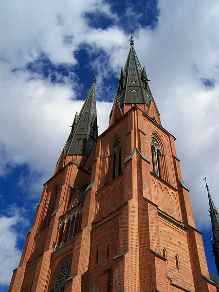 Image:Uppsala Cathedral two towers.jpg