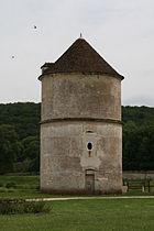 Vermenton Abbaye de Reigny Pigeonnier