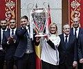 Visita del Real Madrid a la Real Casa de Correos, como campeones de la Champios League (34979477561).jpg