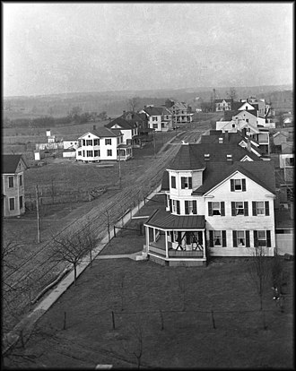 Gaithersburg, Maryland - Gaithersburg's Walker Avenue in 1912; the house in the foreground still stands today.