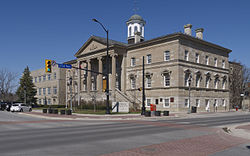 Welland Courthouse 2014.jpg