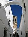 White Arches (8825113362).jpg