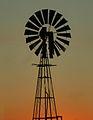 Wind pump 02 (3551193086).jpg