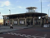 Woolwich Arsenal stn building.JPG