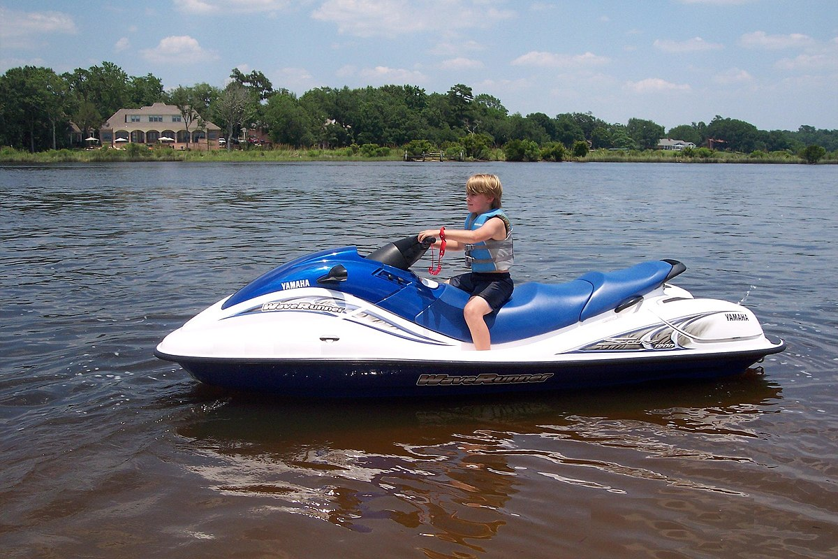 1200px Yamaha_SUV waverunner wikipedia 2001 Yamaha XL800 Waverunner at n-0.co