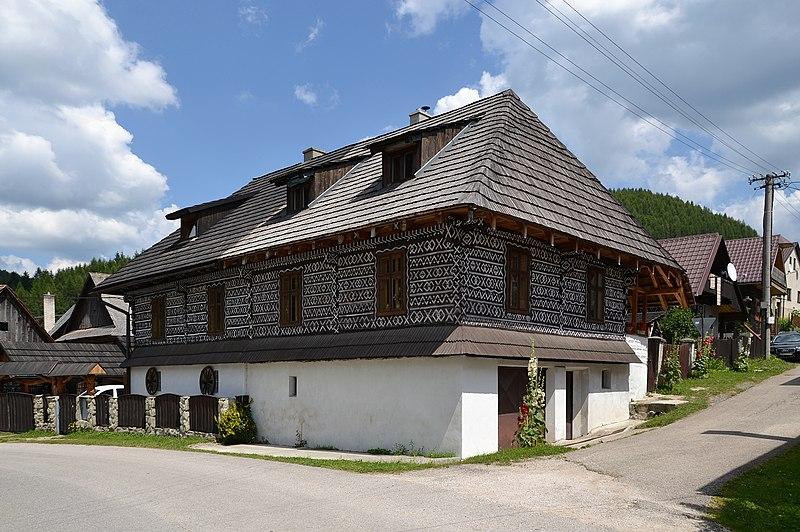 S bor i many csicsm ny zimmermannshau old house 2 for Classic house wikipedia