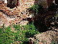 Руіны былога замка Сапегаў з фрагмэнтамі абарончых збудаваньняў7.JPG