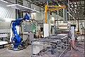 זרוע רובוטית במפעל פנדור.jpg