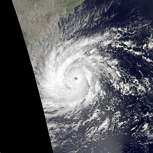 1978 Sri Lanka cyclone - Image: 04B nov 23 1978 0853Z