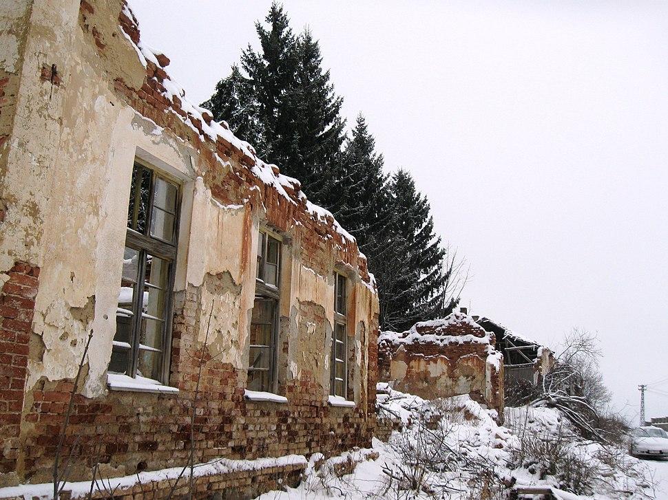 051Zgrada osnovne skole