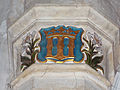 061 Stoke Rochford Ss Andrew & Mary, interior - chancel arch Queen Mary of Teck cypher.jpg