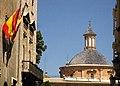 139 Carrer Cavallers, Generalitat i cúpula dels Desemparats (València).JPG