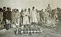 168 5 escadrille des Cigognes avec le commandant Brocard une canne à la main.jpg