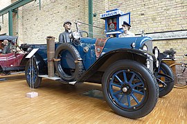1923 Stoewer D 9 9-32 Automuseum Dr. Carl Benz, 2014.JPG