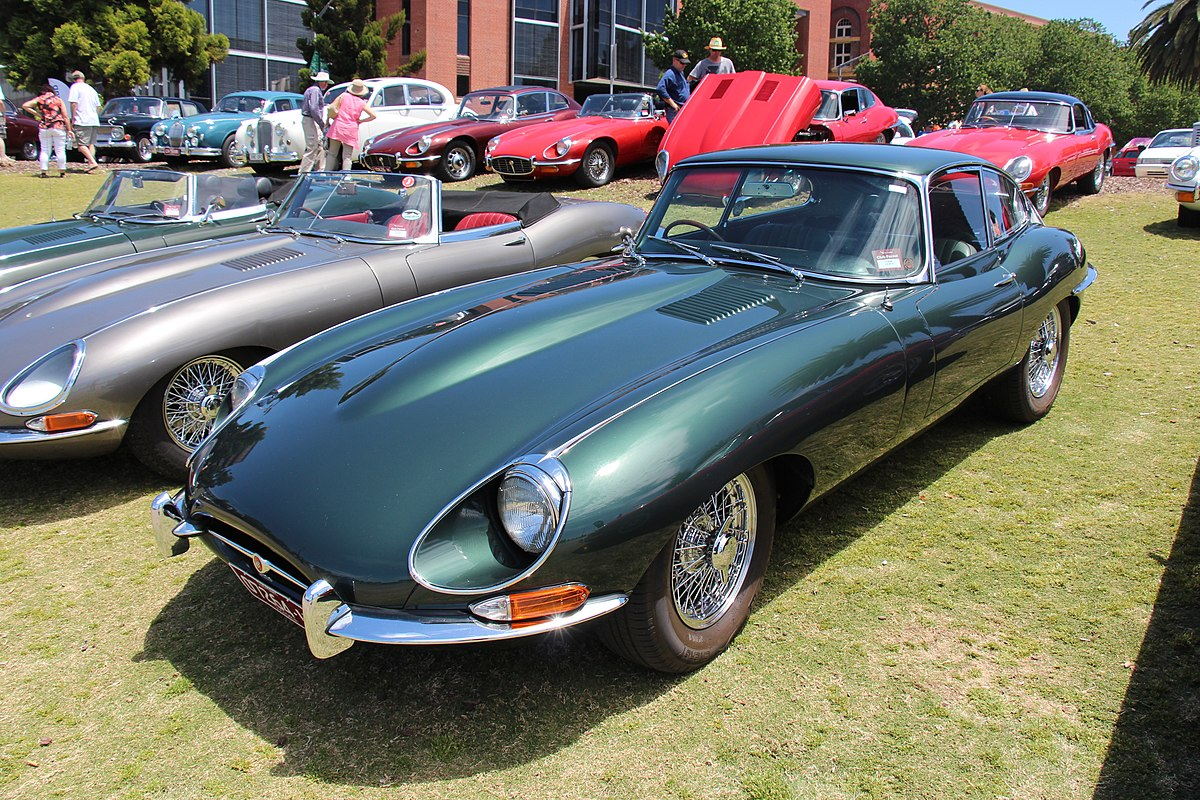 File:1967 Jaguar E Type Series 1 1-2 Coupe (16006279685 ...