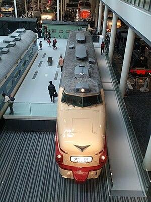 489 series - Image: 2階から撮影した 489系トップナンバー 京都鉄道博物館