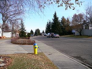 Ekota, Edmonton - Residential street in Ekota - Fall 2008
