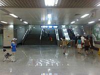 20080801113922 - 北京地铁十三号线东直门站.jpg
