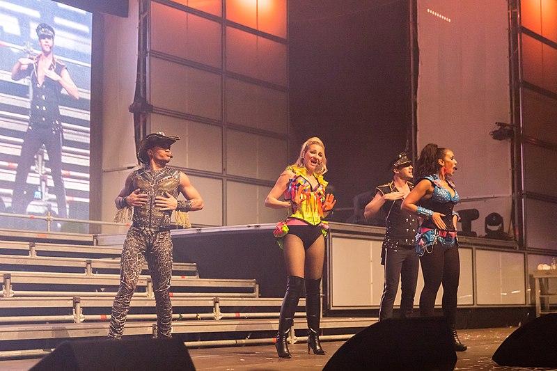 File:2015333000240 2015-11-28 Sunshine Live - Die 90er Live on Stage - Sven - 5DS R - 0558 - 5DSR3675 mod.jpg