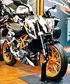 2015 KTM 390 Duke right front.JPG