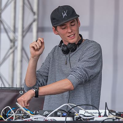 Picture of a band or musician: Lost Frequencies