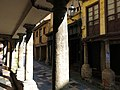 230 Calle de Bances Candamo (Sabugo, Avilés), porxos.jpg