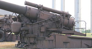 240 mm howitzer M1 - Image: 240mm Howitzer M1Fort Sill Left Side 2005