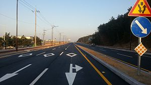 6 car road (South Korea).jpg