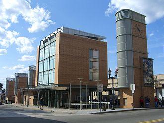 Bergenline Avenue (HBLR station) - Image: 8.7.09Bergline Ave 48STHBLRBy Luigi Novi 1