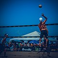 AVP manhattan beach 2017 (36353602550).jpg