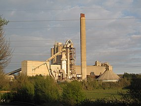 Aberthaw Cement Works WALES - panoramio.jpg